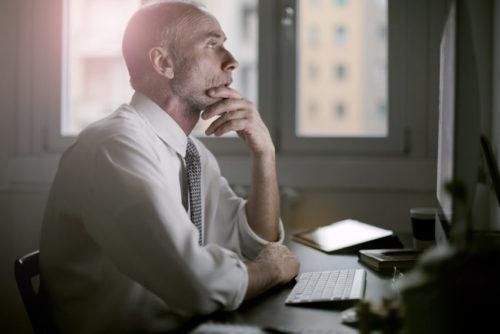(4)中小企業診断士